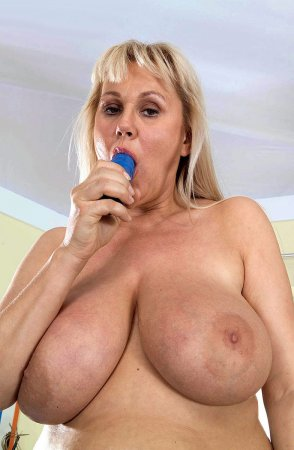 Сексуальные связи мамы с сыном