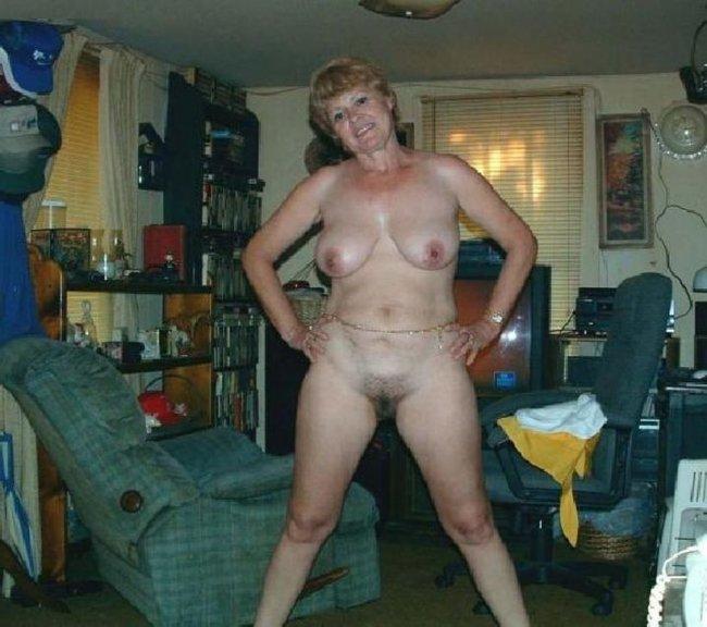 фото голых деревенских жирных бабушек